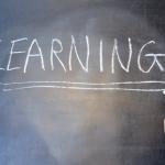 本気で英会話を学ぶなら、まずは「スピードラーニング」か「DMM英会話」で無料体験!